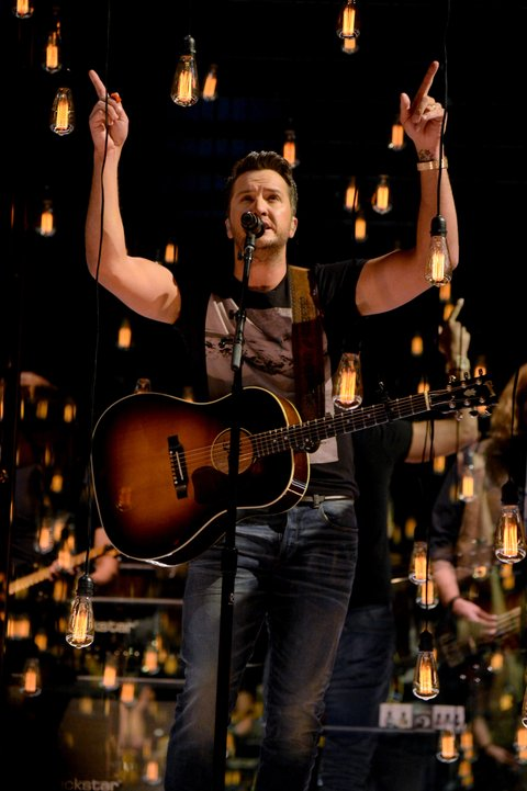 LAS VEGAS, NV - APRIL 02:  Co-host Luke Bryan performs onstage during the 52nd Academy Of Country Music Awards at T-Mobile Arena on April 2, 2017 in Las Vegas, Nevada.  (Photo by Kevin Mazur/ACMA2017/Getty Images for ACM)