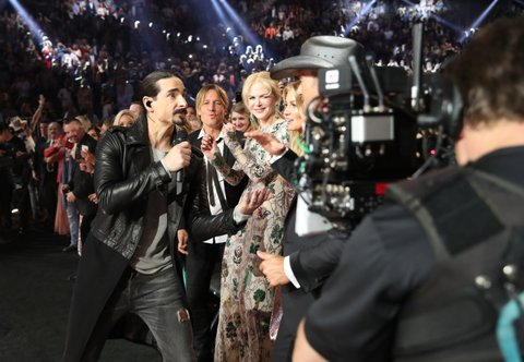 LAS VEGAS, NV - APRIL 02:  (L-R) Singer Kevin Richardson of the Backstreet Boys performs while singer Keith Urban, actor Nicole Kidman, singer Faith Hill and singer Tim McGraw attend the 52nd Academy Of Country Music Awards at T-Mobile Arena on April 2, 2017 in Las Vegas, Nevada.  (Photo by Chris Polk/ACMA2017/Getty Images for ACM)