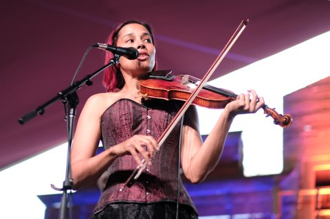 INDIO, CA - APRIL 28:  Rhiannon Giddens performs on the Mustang Stage during day 1 of 2017 Stagecoach California's Country Music Festival at the Empire Polo Club on April 28, 2017 in Indio, California.  (Photo by Matt Winkelmeyer/Getty Images for Stagecoach)