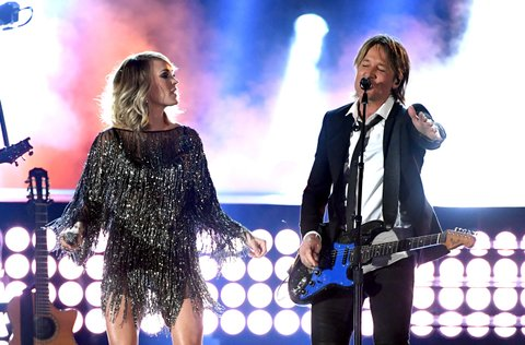 LAS VEGAS, NV - APRIL 02:  Recording artists Carrie Underwood (L) and Keith Urban perform onstage during the 52nd Academy Of Country Music Awards at T-Mobile Arena on April 2, 2017 in Las Vegas, Nevada.  (Photo by Ethan Miller/Getty Images)