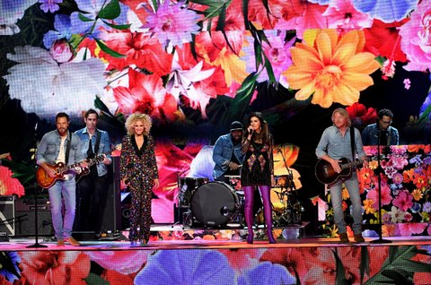 LAS VEGAS, NV - APRIL 02:  (L-R) Recording artists Jimi Westbrook, Kimberly Schlapman, Karen Fairchild, and Phillip Sweet of music group Little Big Town perform onstage during the 52nd Academy Of Country Music Awards at T-Mobile Arena on April 2, 2017 in Las Vegas, Nevada.  (Photo by Ethan Miller/Getty Images)