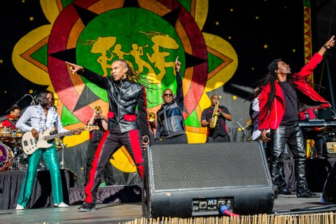 NEW ORLEANS, LA - MAY 05:  Earth, Wind & Fire performs at the New Orleans Jazz & Heritage Festival at Fair Grounds Race Course on May 5, 2017 in New Orleans, Louisiana.  (Photo by Josh Brasted/Getty Images)