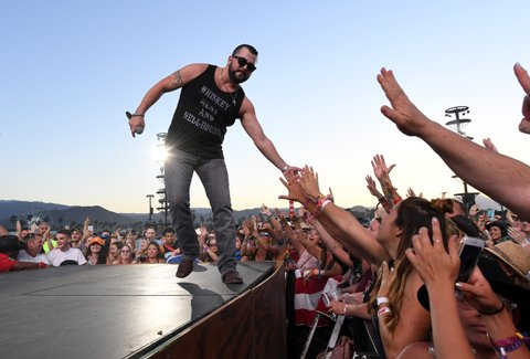 INDIO, CA - APRIL 30:  Singer Tyler Farr performs on the Toyota Mane Stage during day 3 of 2017 Stagecoach California's Country Music Festival at the Empire Polo Club on April 30, 2017 in Indio, California.  (Photo by Kevin Winter/Getty Images for Stagecoach)