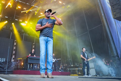 BROOKLYN, MI - JULY 22:  Darius Rucker perform during day 2 of Faster Horses Festival at Michigan International Speedway on July 22, 2017 in Brooklyn, Michigan.  (Photo by Scott Legato/Getty Images)