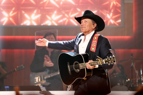 NASHVILLE, TN - AUGUST 23:  Singer-songwriter George Strait performs onstage during the 11th Annual ACM Honors at the Ryman Auditorium on August 23, 2017 in Nashville, Tennessee.  (Photo by Terry Wyatt/Getty Images for ACM)