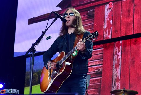 PITTSBURGH, PA - SEPTEMBER 16: Charlie Starr of Blackberry Smoke performs during  2017 Farm Aid on September 16, 2017 in Burgettstown, Pennsylvania. (Photo by Matt Kincaid/Getty Images)