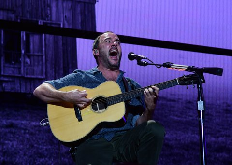 PITTSBURGH, PA - SEPTEMBER 16: Dave Matthews performs during  2017 Farm Aid on September 16, 2017 in Burgettstown, Pennsylvania. (Photo by Matt Kincaid/Getty Images)
