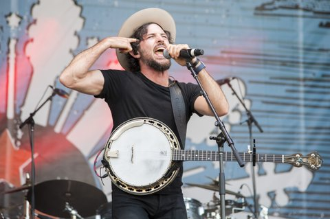 FRANKLIN, TN - SEPTEMBER 23:  Scott Avett of the Avett Brothers performs during the Pilgrimage Music & Cultural Festival 2017 on September 23, 2017 in Franklin, Tennessee.  (Photo by Erika Goldring/Getty Images for Pilgrimage Music & Cultural Festival)