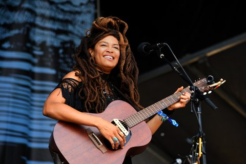 FRANKLIN, TN - SEPTEMBER 24:  Valerie June performs at Pilgrimage Music & Cultural Festival on September 24, 2017 in Franklin, Tennessee.  (Photo by Erika Goldring/Getty Images for Pilgrimage Music & Cultural Festival)