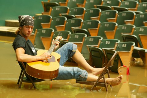 BIRMINGHAM, AL - 2004:  Keith Urban at the site of his concert that was cancelled due to flooding in 2004 in Birmingham, Alabama.    (Photo by Ronald C. Modra/Sports Imagery/Getty Images)