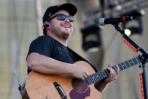 LAS VEGAS, NV - OCTOBER 01:  Recording artist Josh Abbott of the Josh Abbott Band performs during the Route 91 Harvest country music festival at the Las Vegas Village on October 1, 2017 in Las Vegas, Nevada.  (Photo by David Becker/Getty Images)