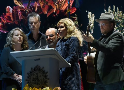 NASHVILLE, TN - OCTOBER 02:  Singers/Songwriters Alison Krauss and The Cox Family perform during Nashville Candelight Vigil For Las Vegas at Ascend Amphitheater on October 2, 2017 in Nashville, Tennessee.  Late Sunday night, a lone gunman, Stephan Paddock, 64, of Mesquite, Nevada, opened fire on attendees at the Route 91 Harvest Festival, a three-day country music festival, leaving at least 59 dead and over 500 injured before killing himself.  The massacre is one of the deadliest mass shooting events in U.S. history.  (Photo by Rick Diamond/Getty Images)