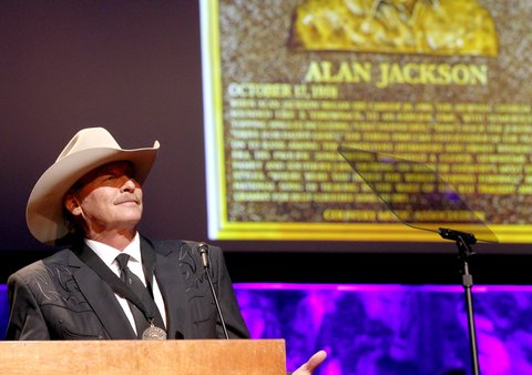 NASHVILLE, TN - OCTOBER 22:  Alan Jackson speaks onstage at the Country Music Hall of Fame and Museum Medallion Ceremony to celebrate 2017 hall of fame inductees Alan Jackson, Jerry Reed And Don Schlitz at Country Music Hall of Fame and Museum on October 22, 2017 in Nashville, Tennessee.  (Photo by Terry Wyatt/Getty Images for Country Music Hall Of Fame & Museum)