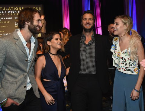 NASHVILLE, TN - OCTOBER 23:  Singer Songwriters Ryan Hurd, Maren Morris, Luke Bryan and Kelsea Ballerini attend the 2017 Nashville Songwriters Hall Of Fame Awards at Music City Center on October 23, 2017 in Nashville, Tennessee.  (Photo by Rick Diamond/Getty Images)