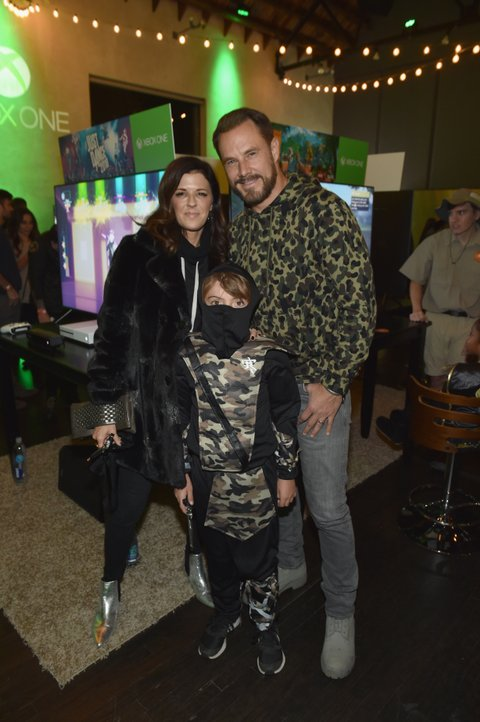 NASHVILLE, TN - OCTOBER 27: Karen Fairchild and Jimi Westbrook of Little Big Town attend the Xbox Halloween Gaming Event hosted by Brad Paisley and Kimberly Williams-Paisley at Ruby on October 27, 2017 in Nashville, Tennessee.  (Photo by John Shearer/Getty Images for Xbox)