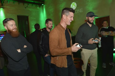 NASHVILLE, TN - OCTOBER 27: (L-R) NHL player Ryan Ellis, singer-songwriters Curtis Rempel, Brad Rempel of High Valley, NHL player Nick Bonino test out new games at the Xbox Halloween Gaming Event hosted by Brad Paisley and Kimberly Williams-Paisley at Ruby on October 27, 2017 in Nashville, Tennessee.  (Photo by John Shearer/Getty Images for Xbox)