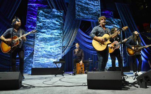 NASHVILLE, TN - NOVEMBER 05:  Billy Currington performs onstage during the 2017 SESAC Nashville Music Awards on November 5, 2017 in Nashville, Tennessee.  (Photo by Jason Davis/Getty Images for SESAC)