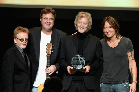 NASHVILLE, TN - NOVEMBER 06: Paul Williams, Vince Gill, Rodney Crowell, and Keith Urban pose for a photo onstage during the 55th annual ASCAP Country Music awards at the Ryman Auditorium on November 6, 2017 in Nashville, Tennessee.  (Photo by Rick Diamond/Getty Images)