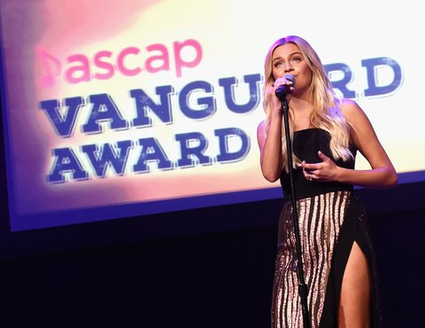 NASHVILLE, TN - NOVEMBER 06:  Singer-songwriter Kelsea Ballerini performs onstage during the 55th annual ASCAP Country Music awards at the Ryman Auditorium on November 6, 2017 in Nashville, Tennessee.  (Photo by Rick Diamond/Getty Images)