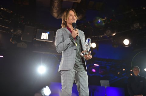 NASHVILLE, TN - NOVEMBER 07:  Singer-songwriter Keith Urban accepts the BMI Champion Award onstage during the 65th Annual BMI Country Awards at BMI on November 7, 2017 in Nashville, Tennessee.  (Photo by John Shearer/Getty Images for BMI)