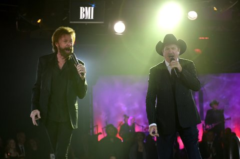 NASHVILLE, TN - NOVEMBER 07:  Ronnie Dunn and Kix Brooks of Brooks & Dunn perform onstage during the 65th Annual BMI Country Awards at BMI on November 7, 2017 in Nashville, Tennessee.  (Photo by John Shearer/Getty Images for BMI)
