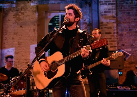 NASHVILLE, TN - JANUARY 14:  Thomas Rhett performs onstage during the Nashville Opening of Dierks Bentley's Whiskey Row on January 14, 2018 in Nashville, Tennesse  (Photo by John Shearer/Getty Images for Dierks Bentley's Whiskey Row Nashville)