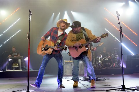 NASHVILLE, TN - FEBRUARY 05:  (L-R) Jason Aldean and Garth Brooks perform onstage for The Amazon Music & CRS 2018 day 1 monday night showcase featuring Radio PD Ink Awards on February 5, 2018 in Nashville, Tennessee.  (Photo by Jason Kempin/Getty Images for CRS)