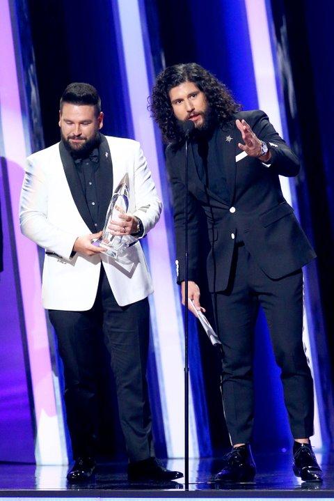who won cmt awards 2020