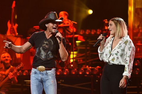 Tim McGraw, daughter Gracie McGraw