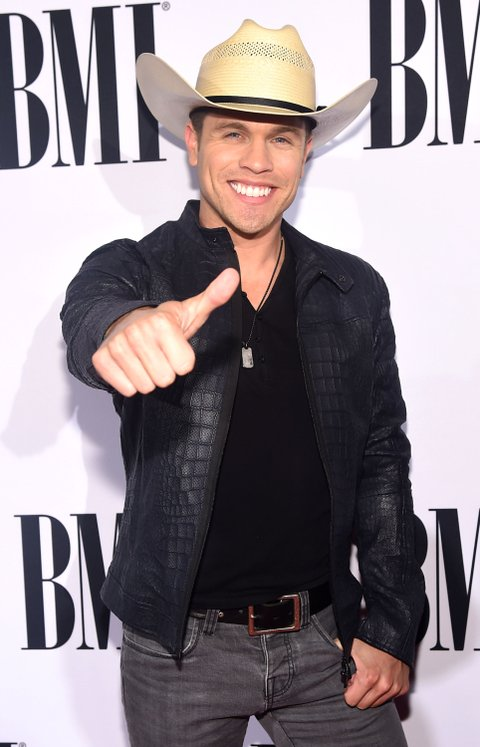 Dustin Lynch attends the 63rd Annual BMI Country awards on November 3, 2015 in Nashville, Tennessee.