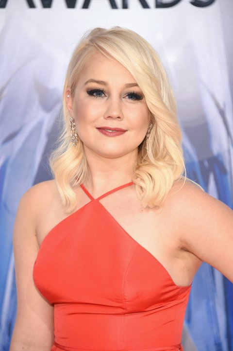 NASHVILLE, TN - NOVEMBER 04:  Singer/songwriter RaeLynn attends the 49th annual CMA Awards at the Bridgestone Arena on November 4, 2015 in Nashville, Tennessee.  (Photo by Michael Loccisano/Getty Images)