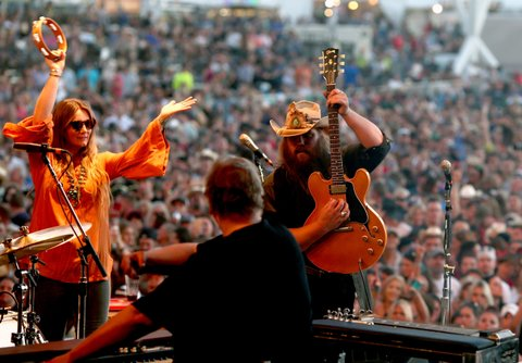 LAS VEGAS, NEVADA - APRIL 02:  Musician Chris Stapleton performs onstage at the 4th ACM Party for a Cause Festival at the Las Vegas Festival Grounds on April 2, 2016 in Las Vegas, Nevada.  (Photo by Christopher Polk/Getty Images for ACM)