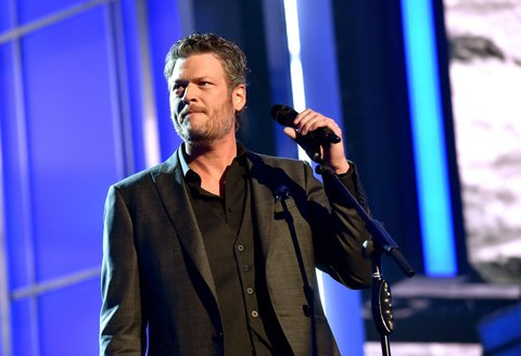 LAS VEGAS, NEVADA - APRIL 03: Recording artist Blake Shelton performs onstage during the 51st Academy of Country Music Awards at MGM Grand Garden Arena on April 3, 2016 in Las Vegas, Nevada.