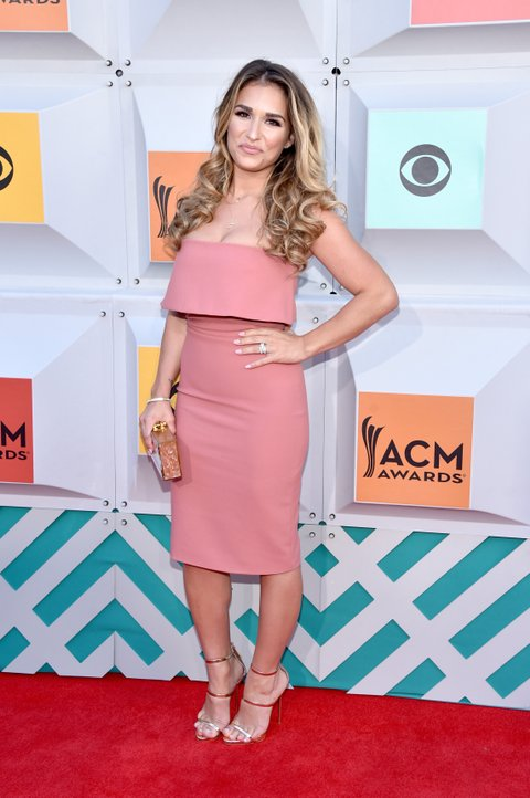 LAS VEGAS, NEVADA - APRIL 03:  Singer Jessie James Decker attends the 51st Academy of Country Music Awards at MGM Grand Garden Arena on April 3, 2016 in Las Vegas, Nevada.  (Photo by John Shearer/WireImage)