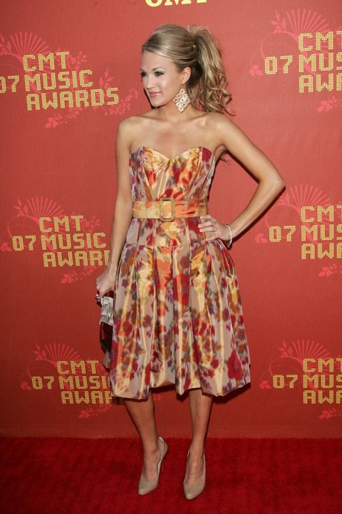 NASHVILLE, TN - APRIL 16:  Singer Carrie Underwood arrives at the 2007 CMT Music Awards at the Curb Event Center at Belmont University April 16, 2007 in Nashville, Tennessee.  (Photo by Evan Agostini/Getty Images)