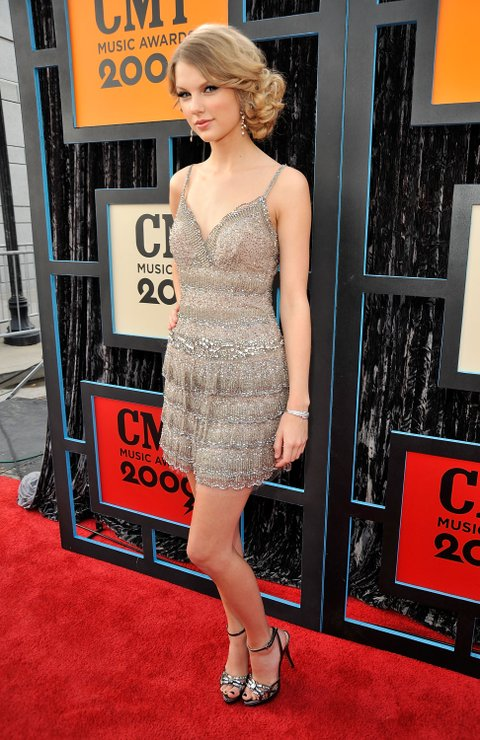 NASHVILLE, TN - JUNE 16:  Singer/songwriter Taylor Swift attends the 2009 CMT Music Awards at the Sommet Center on June 16, 2009 in Nashville, Tennessee.  (Photo by Kevin Mazur/WireImage)