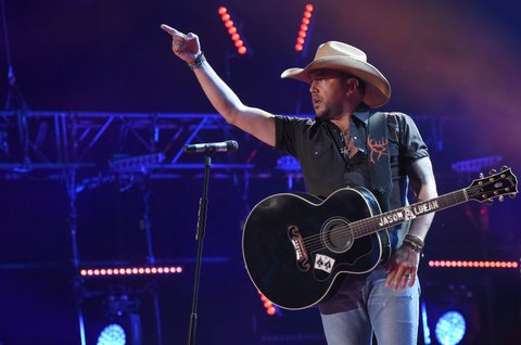 NASHVILLE, TN - JUNE 09:  Musician Jason Aldean performs onstage during 2016 CMA Festival - Day 1 at Nissan Stadium on June 9, 2016 in Nashville, Tennessee.  (Photo by Rick Diamond/Getty Images)