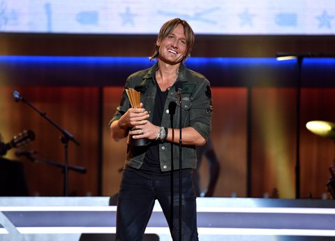 NASHVILLE, TN - AUGUST 30:  Honoree Keith Urban speaks onstage during the 10th Annual ACM Honors at the Ryman Auditorium on August 30, 2016 in Nashville, Tennessee.  (Photo by John Shearer/Getty Images for ACM)