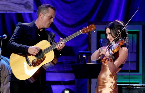 NASHVILLE, TN - SEPTEMBER 21: Jason Isbell and Amanda Shires perform onstage at the Americana Honors & Awards 2016 at Ryman Auditorium on September 21, 2016 in Nashville, Tennessee. at Ryman Auditorium on September 21, 2016 in Nashville, Tennessee.  (Photo by Terry Wyatt/Getty Images for Americana Music)