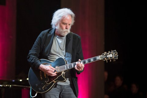 NASHVILLE, TN - SEPTEMBER 21:  Bob Weir performs at Ryman Auditorium on September 21, 2016 in Nashville, Tennessee.  (Photo by Erika Goldring/WireImage)