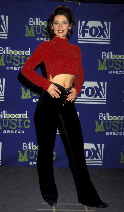Throwback Thursday Shania Twain S Red Carpet Fashion