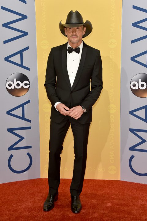 NASHVILLE, TN - NOVEMBER 02:  Singer Tim McGraw attends the 50th annual CMA Awards at the Bridgestone Arena on November 2, 2016 in Nashville, Tennessee.  (Photo by John Shearer/WireImage)