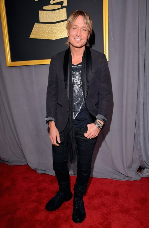 LOS ANGELES, CA - FEBRUARY 12:  Musician Keith Urban attends The 59th GRAMMY Awards at STAPLES Center on February 12, 2017 in Los Angeles, California.  (Photo by Lester Cohen/WireImage)