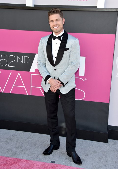 LAS VEGAS, NV - APRIL 02:  Singer Dustin Lynch attends the 52nd Academy Of Country Music Awards at Toshiba Plaza on April 2, 2017 in Las Vegas, Nevada.  (Photo by John Shearer/WireImage)
