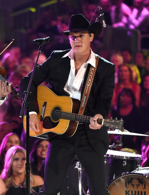 LAS VEGAS, NV - APRIL 02:  Recording artist Jon Pardi performs onstage during the 52nd Academy Of Country Music Awards at T-Mobile Arena on April 2, 2017 in Las Vegas, Nevada.  (Photo by Ethan Miller/Getty Images)