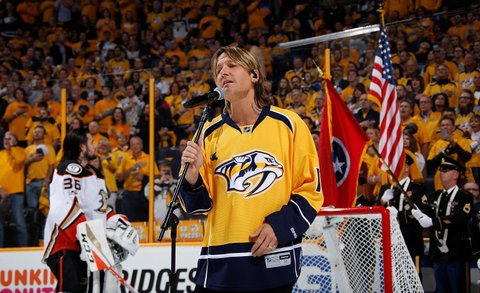 NASHVILLE, TN - MAY 16: Country music artist Keith Urban sings the National Anthem prior to Game Three of the Western Conference Final between the Nashville Predators and Anaheim Ducks during the 2017 NHL Stanley Cup Playoffs at Bridgestone Arena on May 16, 2017 in Nashville, Tennessee. (Photo by John Russell/NHLI via Getty Images)