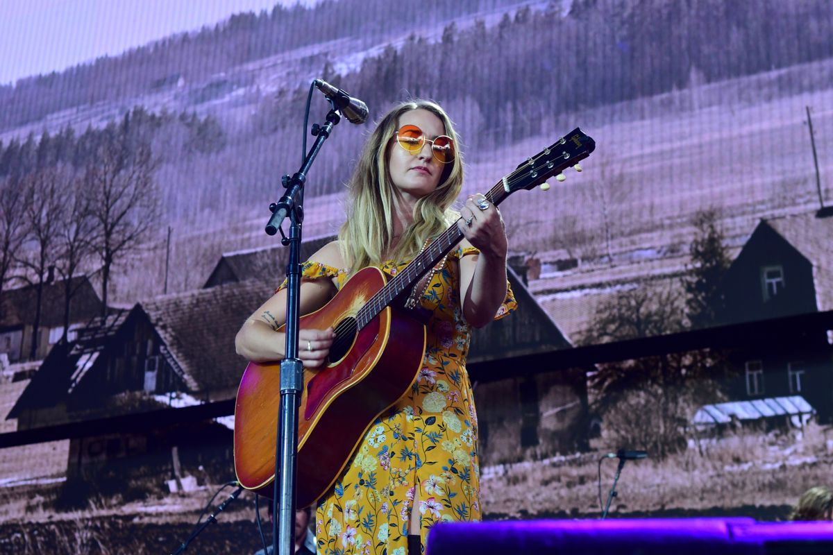 PITTSBURGH, PA - SEPTEMBER 16: Margo Price performs during  2017 Farm Aid on September 16, 2017 in Burgettstown, Pennsylvania. (Photo by Matt Kincaid/Getty Images)