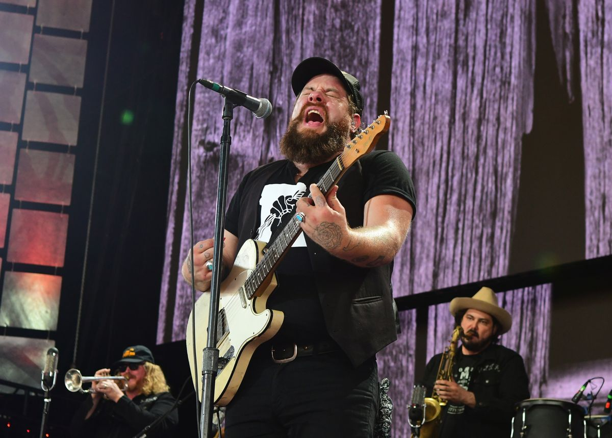 PITTSBURGH, PA - SEPTEMBER 16: Nathaniel Rateliff of Nathaniel Rateliff and The Night Sweats performs during  2017 Farm Aid on September 16, 2017 in Burgettstown, Pennsylvania. (Photo by Matt Kincaid/Getty Images)