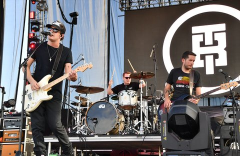 LAS VEGAS, NV - SEPTEMBER 29:  Recording artist Tucker Beathard (L) performs during the Route 91 Harvest country music festival at the Las Vegas Village on September 29, 2017 in Las Vegas, Nevada.  (Photo by Mindy Small/FilmMagic)
