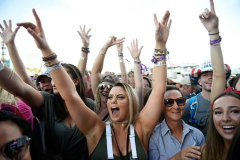 LAS VEGAS, NV - SEPTEMBER 29:  Fans cheer during the Route 91 Harvest country music festival at the Las Vegas Village on September 29, 2017 in Las Vegas, Nevada.  (Photo by David Becker/Getty Images)